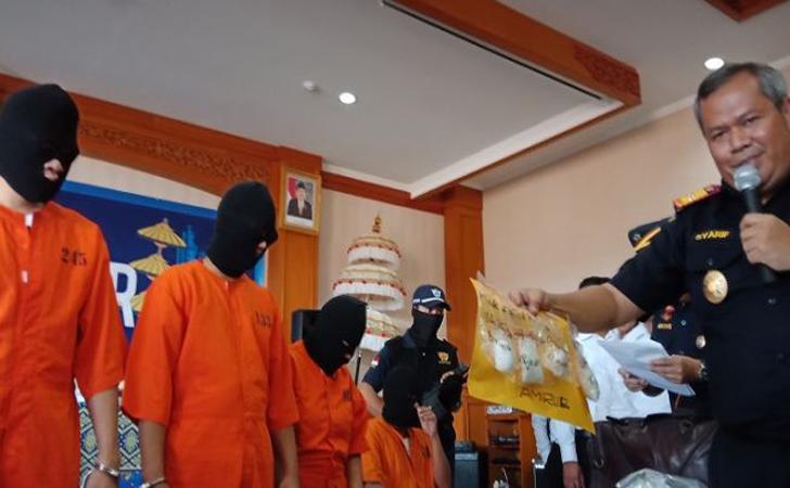 Sepasang-kekasih-Riau-ditangkap-di-bali.jpg