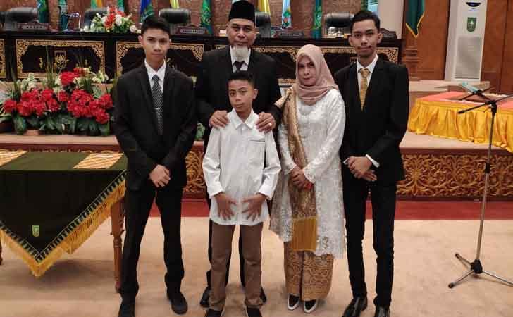 Suhaidi-dan-Keluarga.jpg
