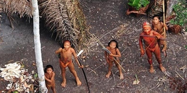 Suku-Terpencil-yang-menghuni-hutan-Amazon-Brazil.jpg