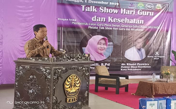 Talk-show-Hari-Guru-dan-Kesehatan-ruang-serbaguna-FKIP-Universitas-Riau.jpg