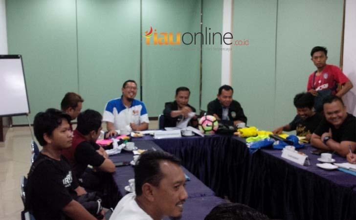 Technical-Meeting-PSPS-Riau-Vs-PSS-Sleman.jpg