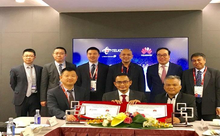 Telkomsel-dan-Huawei.jpg