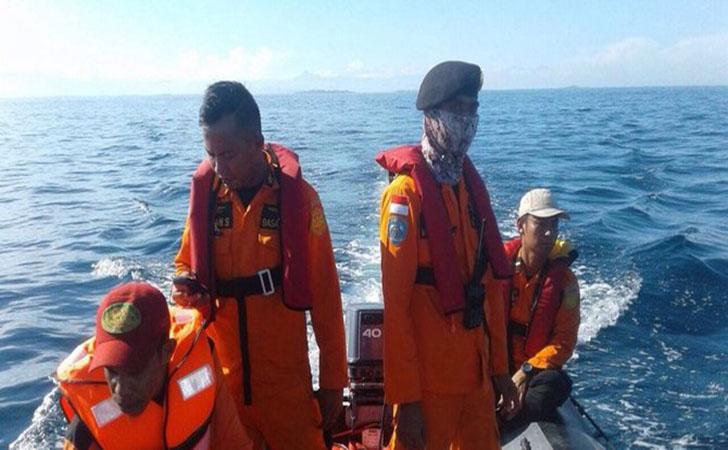 Tim-SAR-temukan-korban-kapal-tenggelam.jpg