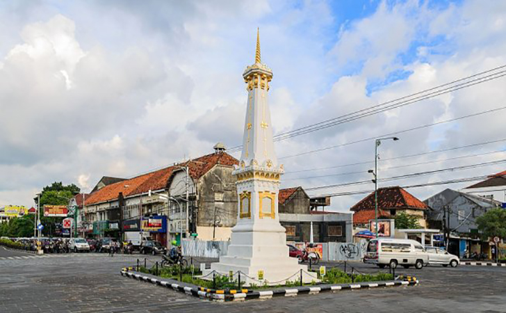 Tugu-Yogyakarta.jpg