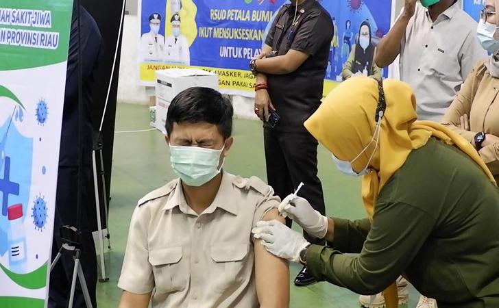 Vaksinasi-massal2.jpg