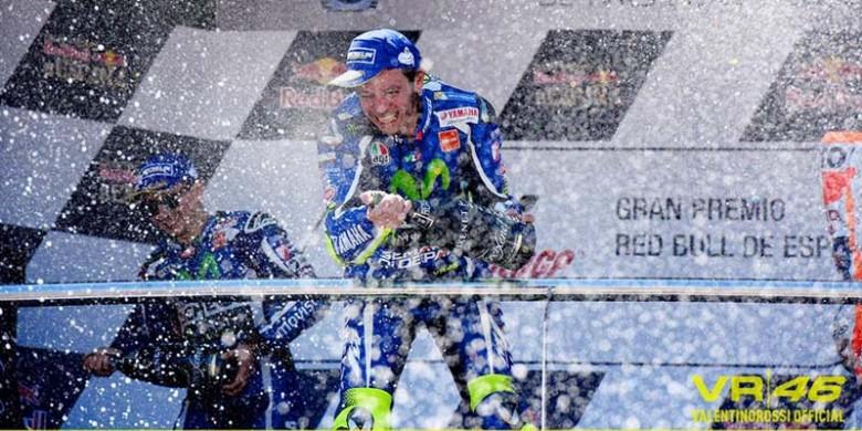 Valentino-Rossi-Juara-di-Jerez-Spanyol.jpg