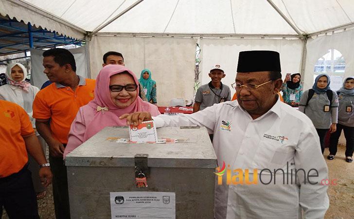 Wakil-Gubernur-Riau-Wan-Thamrin-Hasyim.jpg