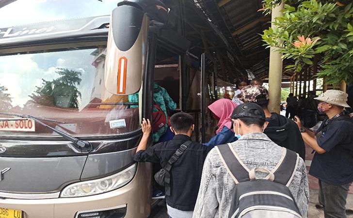 Warga-Riau-Mudik.jpg