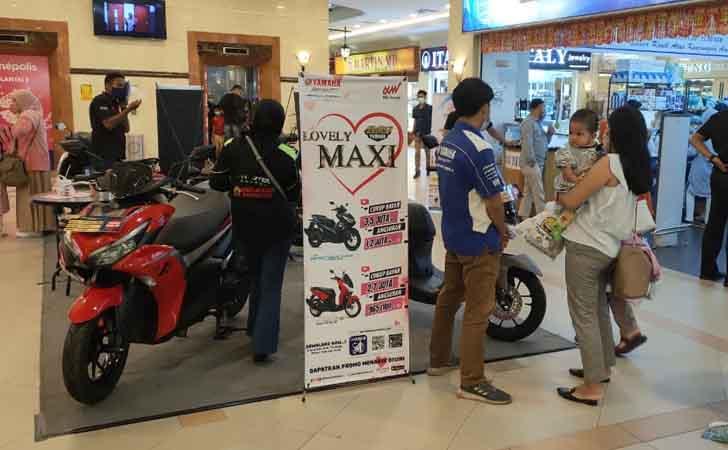 Yamaha-Maxi.jpg