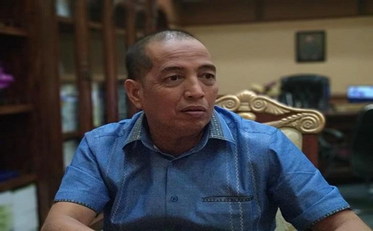 asri-auzar-DPRD-Riau.jpg