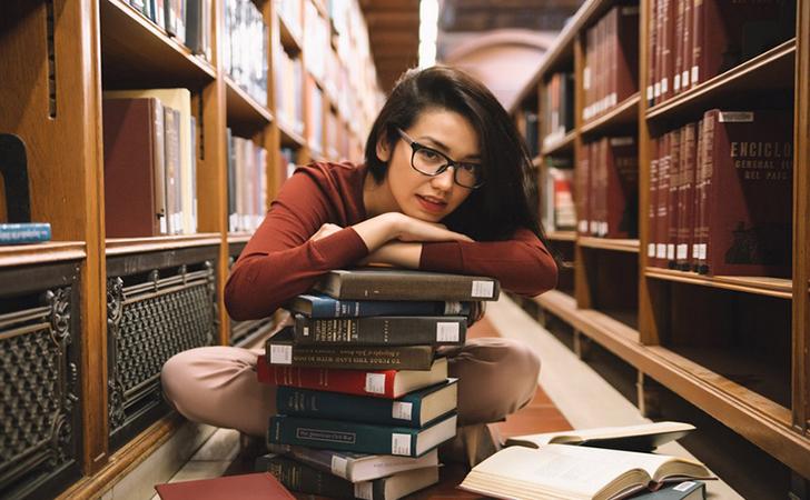 baca-buku.jpg