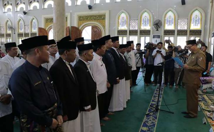 ilustrasi-imam-masjid2.jpg