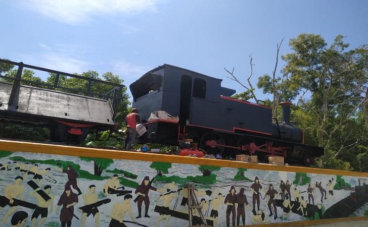 lokomotif-tua.jpg