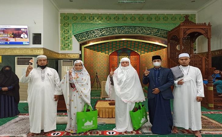 masuk-islam-dua-wanita.jpg