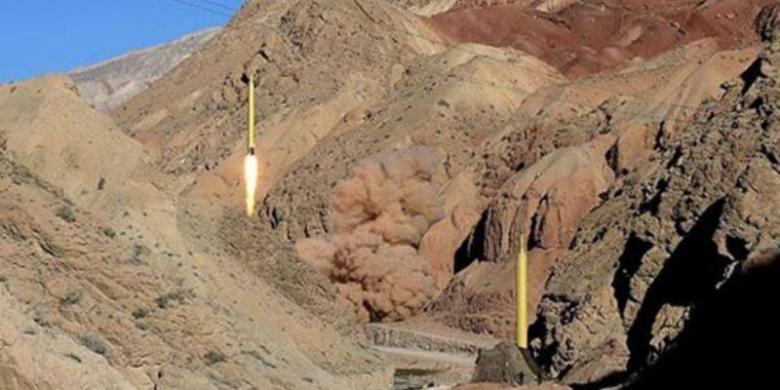 misil-balistik-Iran.jpg