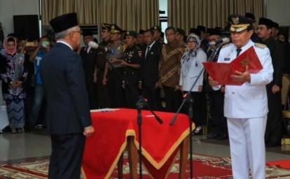 Bupati Rohul H Sukiman, membacakan naskah fakta integritas