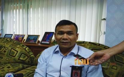 Ketua-Komisi-Pemilihan-Umum-KPU-Riau-Nurhamin.jpg
