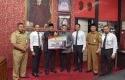 Bantuan-1.000-Paket-Sembako-Bank-Riau-Kepri.jpg