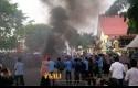 Demo-BEM-di-Polda-Riau.jpg