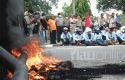 Demo-Mahasiswa-Unri-di-Chevron.jpg