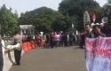 Demo-mahasiswa-Riau-di-Istana.jpg