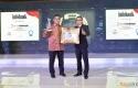Dirut-Bank-Riau-Kepri-Terima-Penghargaan-Infobank-2017.jpg