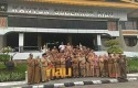 Gubernur-Riau-Berfoto-Bersama.jpg