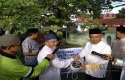 Gubernur-Riau-serahkan-hewan-kurban.jpg