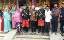 Gubri-bersama-Ketua-KPU-Riau.jpg