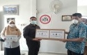 IDI-Riau-dapat-bantuan-dari-Fraksi-PKS-DPRD-Riau.jpg