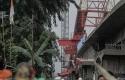 Insiden-crane-jatuh-di-Jakarta.jpg