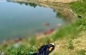 Jasad-dibuang-di-sungai-Gangga.jpg
