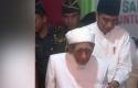 Jokowi-dan-Mbah-Moen.jpg