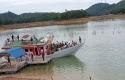 Kapal-Wisata-Tenggelam-di-Danau-PLTA.jpg