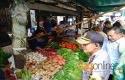 Kapolda-Riau-pantau-harga-sembako.jpg