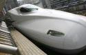 Kereta-Api-Cepat-Jepang.jpg