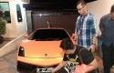 Lamborghini-yang-dipakai-saat-pria-todong-bocah-di-Kemang-Jakarta-Selatan.jpg