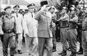 Letkol-Untung-dan-Presiden-Soekarno.jpg