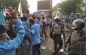 MAHASISWA-BENTROK-DENGAN-POLISI.jpg