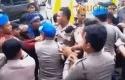Mahasiswa-Ricuh-dengan-Polisi.jpg