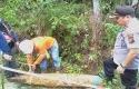 Mortir-Raksasa-Ditemukan-Di-Kawasan-Industri-Tenayan-Pekanbaru.jpg