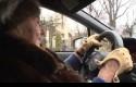 Nenek-81-Tahun-mengendarai-mobil-sport-Subaru-WRX-STI.jpg