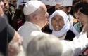 Paus-Fransiskus-dan-Pengungsi-Suriah.jpg
