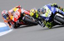 Pebalap-Movistar-Yamaha-Italia-Rossi.jpg