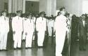 Pelantikan-Ali-Sadikin-oleh-Presiden-Soekarno.jpg