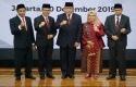 Pimpinan-KPK-di-Istana-Negara-Jakarta-Jumat-2012.jpg
