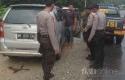 Polisi-Hentikan-Mobil-Pengangkut-Kerbau-Curian.jpg