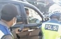 Polisi-nantang-Polisi-berkelahi.jpg