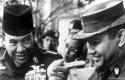 Presiden-Soekarno-bersama-Soerharto.jpg