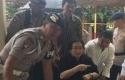 Rachmawati-Soekarnoputri-menggunakan-kursi-roda-dikawal-polisi.jpg